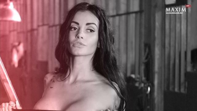Miss MAXIM 2017 Анна Сахарова принцесса Петербурга в ковбойской фотосессии