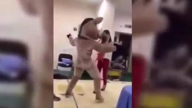 Заведующая российского детсада уволилась после всплытия видео с танцем на раздевание