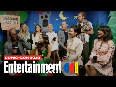 'Fear The Walking Dead' Cast Joins Us LIVE | SDCC 2019 | Entertainment Weekly