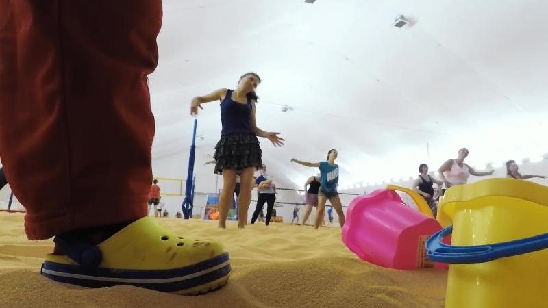 Пляж, утренняя Зумба с молодыми мамами!