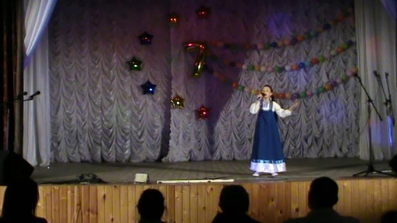Кнопочки баянные исполняет Ульяна Колпакова
