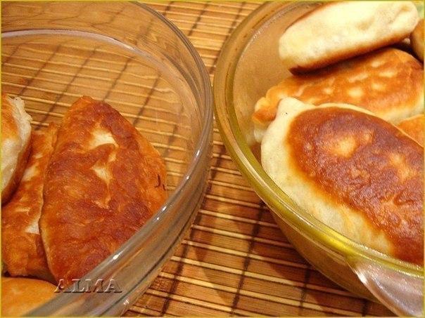 Очень вкусные пирожки, мягкие, готовятся легко, быстро и из самых простых продуктов. Обязательно к приготовлению!