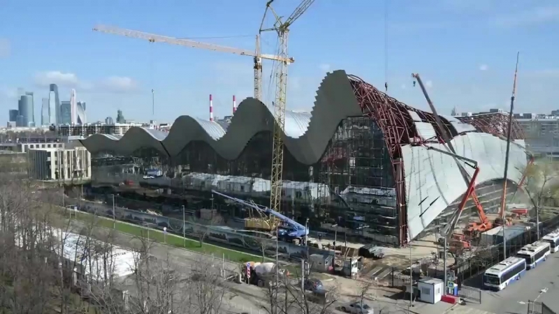 Таймлапс как строят Дворец художественной гимнастики в Лужниках