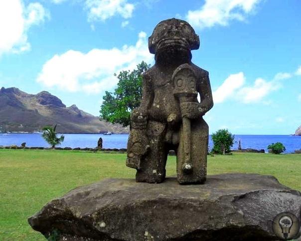 Статуи острова Нуку-Хива. Рептилоиды или кто