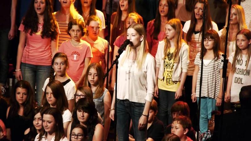 Heal the World (Michael Jackson) - Oberstufenchor Cusanus Gymnasium