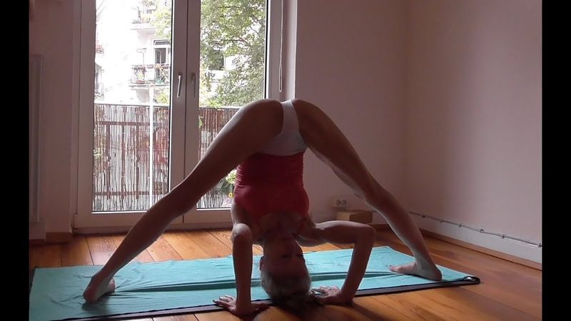 Ashtanga Yoga standing sequence just a quickie