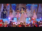 Gwen Stefani - Let It Snow Live @ 25 Days of Christmas Holiday