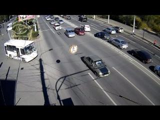 345_pr_Lenina-_pl_Vozrozhdenia_1_2018-10-12_12-22-05_028_1m10s