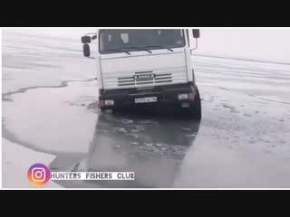 Утопили Ниву, Кран, и КамАЗ.