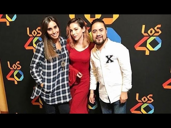 Paty Cantu entrevista y acustico en YA PARATE de LOS 40 Radio