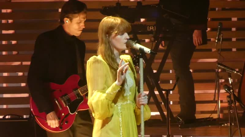 "_""June _u0026 Hunger_"" Florence _u0026 the Machine@Wells Fargo Center Philadelphia 10_⁄14_⁄18"