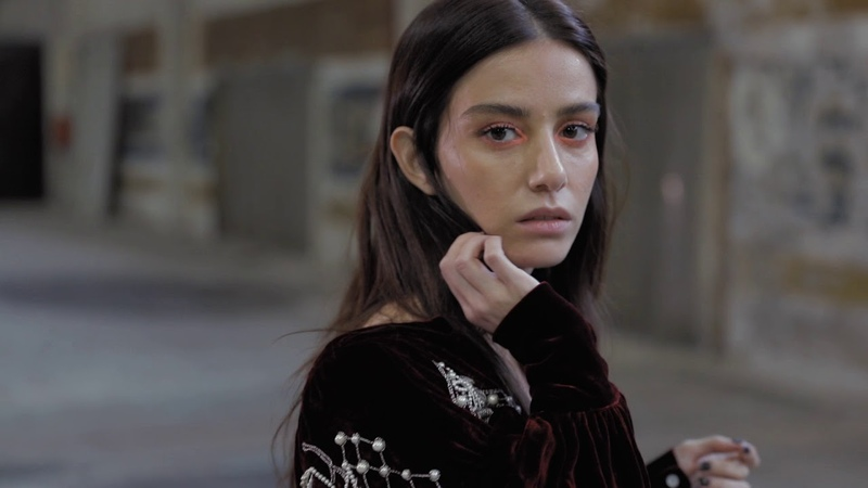 Özge Gürel - XOXO The Mag Fall/Winter 2018