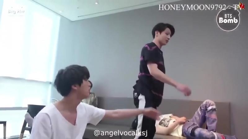 Jinkook Exercise Bangtan Bomb Video mp4