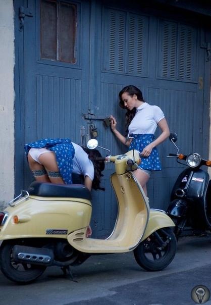 Секса в СССР не было, но была пикантная реклама советских мопедов. Знаменитая фраза «В СССР секса нет» мгновенно стала крылатой, после того как прозвучала в эфире телемоста Ленинград Бостон в