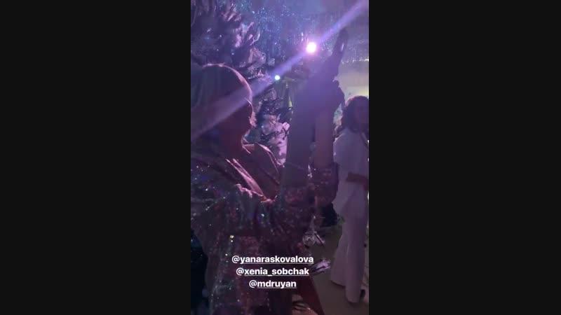 сторис видео Instagram steshamalikova 10 декабря 2018 г