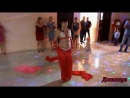 Джавхара зажгла У Самвела Восточное шоу танцы на стеклянных бокалах босыми ногами угощение в подарок для гостей
