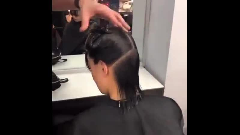 Отстригла косу