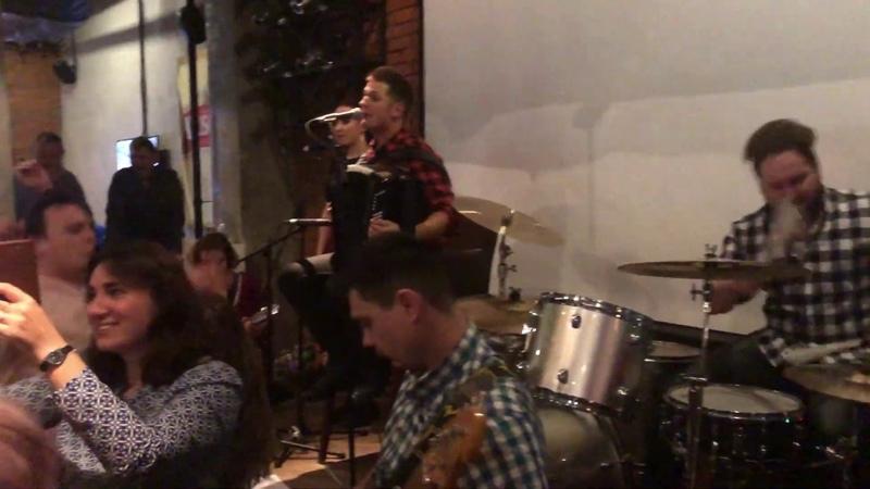 гр. КиР'Юша band в ресторане Брудер (Митино)