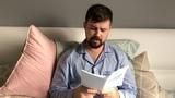 Вася Обломов - Читает Конституцию