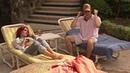 Rebelde - Diego joga Roberta na piscina, Roberta e Diego ficam amigos