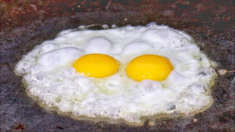 Bullet Egg Half Fry Taste Of Two Different Egg Gravy Indian Street Food