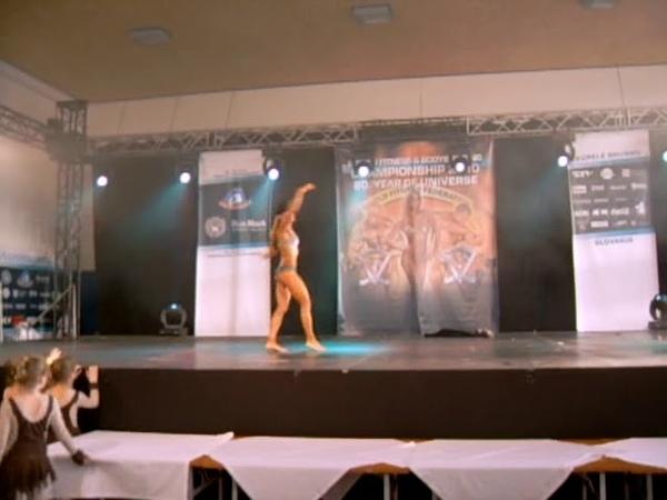 Валентина Козловская Чемпионат мира WFF-WBBF 2010 Брусно Купеле Словакия