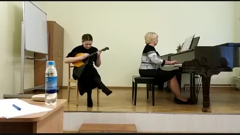 Декабрь 2018г. Внучка Александра выступает на конкурсе Юные дарования в Гатчине