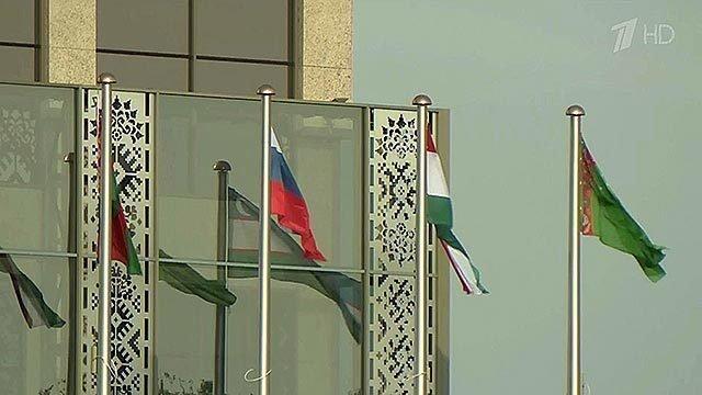 Насмену ЕврАзЭс приходит ЕАЭС— Евразийский экономический союз