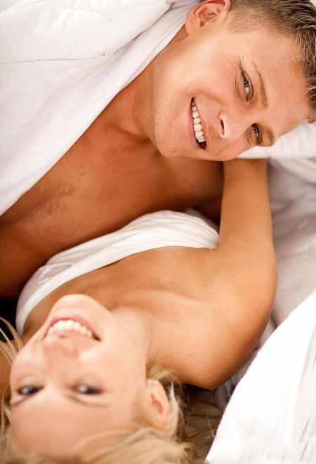 Оральный секс может распространить ВПЧ или вирус папилломы человека в горле, увеличивая риск развития рака в зараженной области.