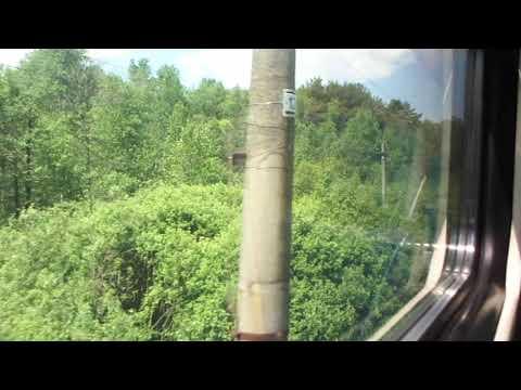Рельсовый автобус следует в Полотняный завод