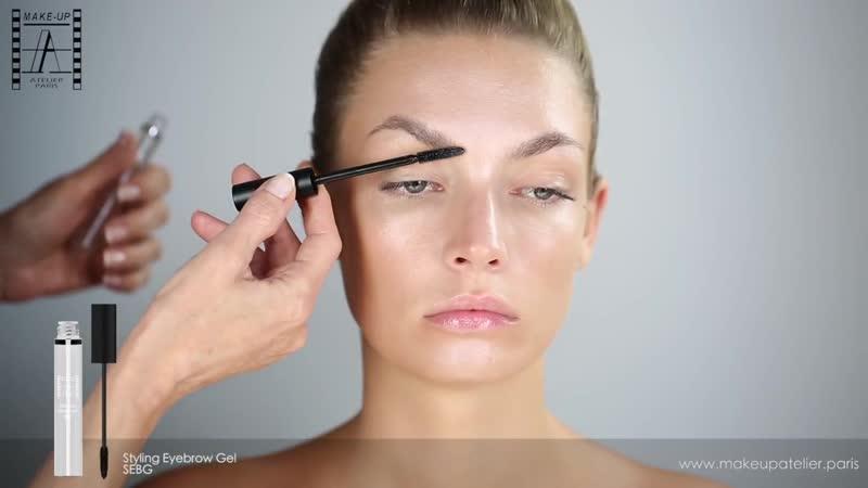 HOLOGRAPHIC MAKEUP TUTORIAL Make-Up Atelier Paris