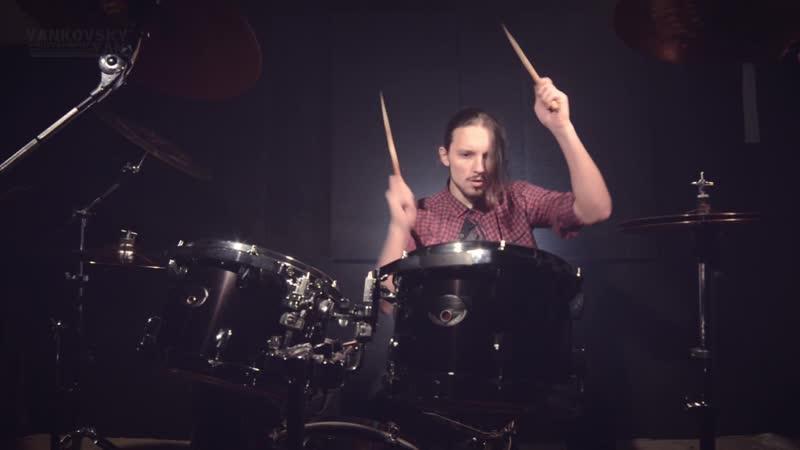 Дипломная работа. Ян Янковский: Draft Rabbit Drummer.