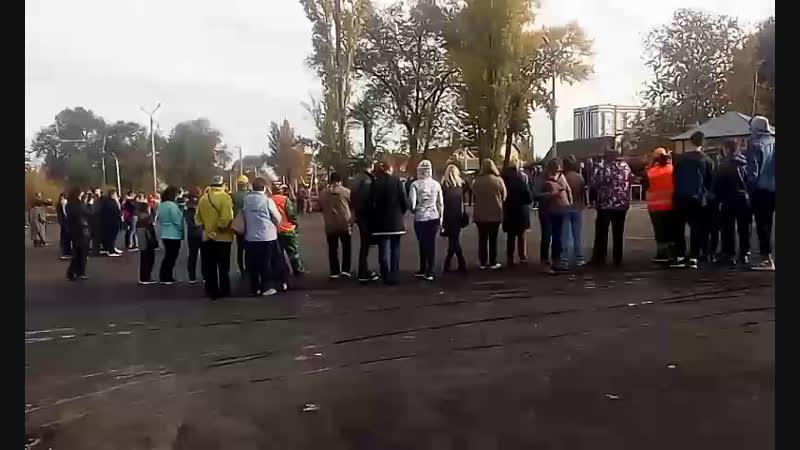 Высадка саженцев в парке за к/т Октябрь