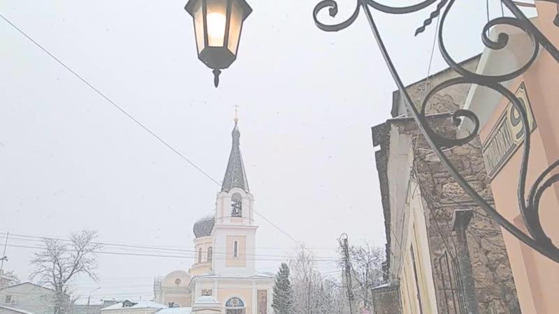 13.12.2018 - а снег летал и падал (Петро-Павловский кафедральный собор г. Симферополя)