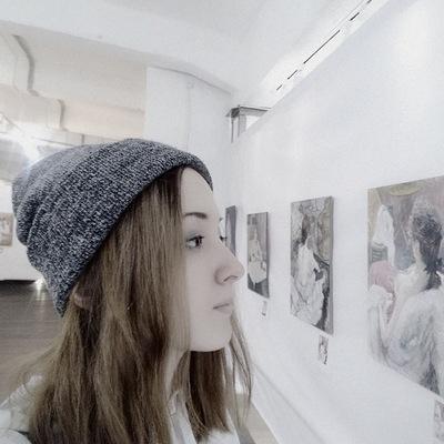 Лина Потапова