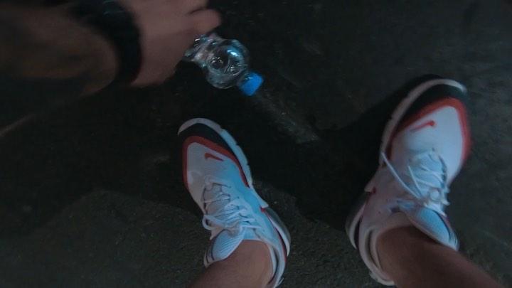 "⠀⠀⠀⠀⠀⠀⠀⠀⠀⠀⠀⠀⠀Алексей Костылев on Instagram: ""И @j.ugin справился 😸🤜🏻🤛🏻 navi natusvincere eslcologne cologne BottleCapChallenge"""