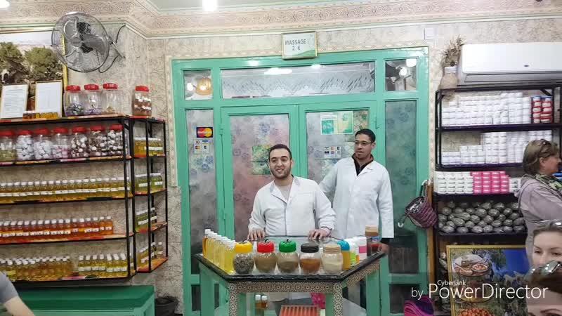 Марокканский традиционный магазин в Марракеш