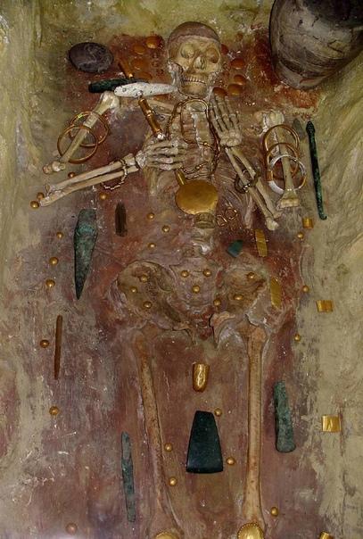Скелет из Варны и богатейшая доисторическая гробница