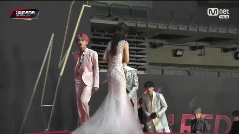 181212 2018 MAMA FANS CHOICE in JAPAN Red Carpet - - BTS 13 - - BTS 방탄소년단 @BTS_twt