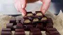 Батончики с орехово карамельной начинкой веган рецепт от Эми Левин