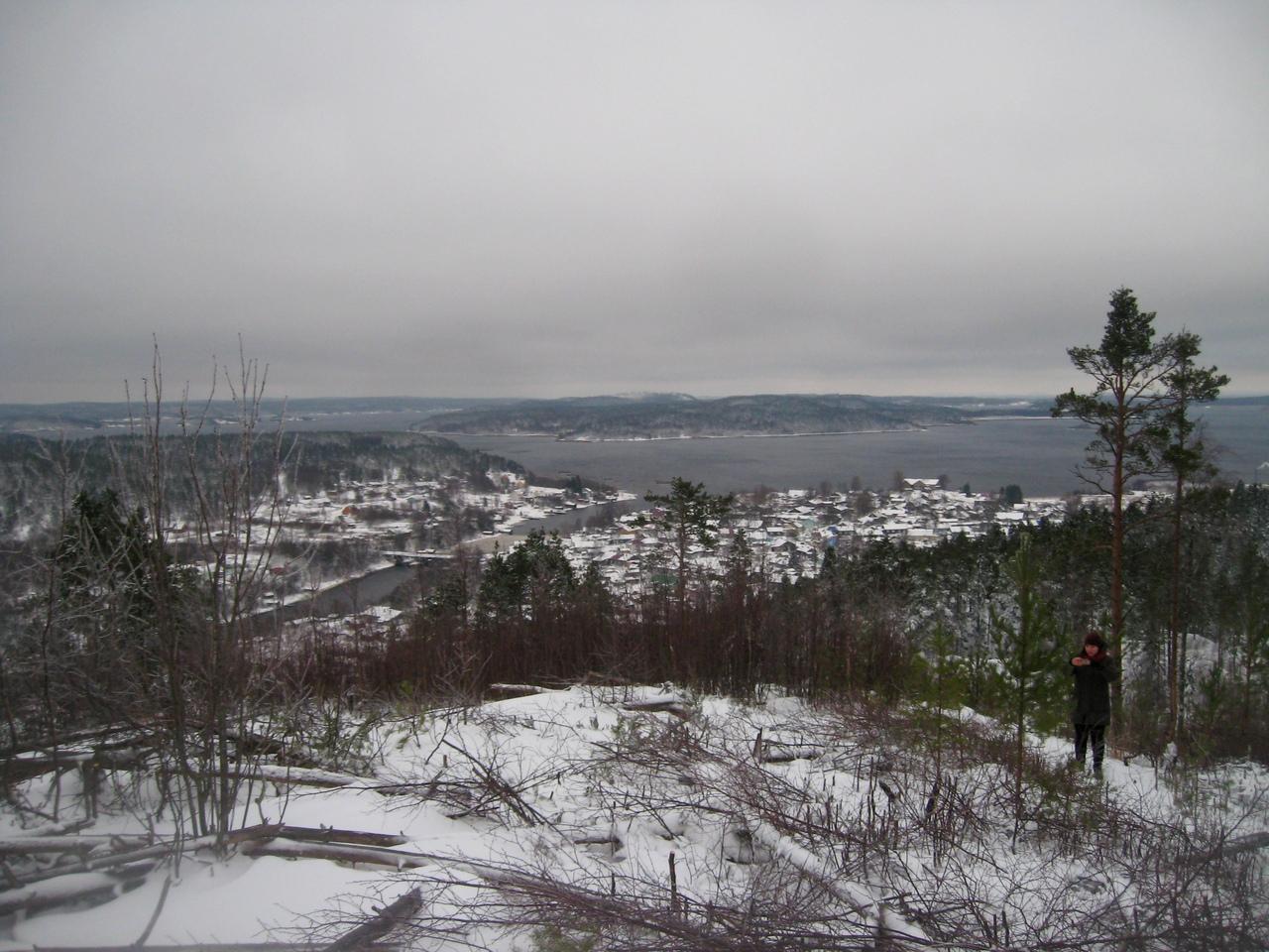 Декабрь.Один день в Карелии. Хийтола,Метсямикли и Хийденсельга. Водопад, горы и пещера в скале.