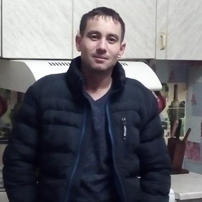 Евгений Акперов