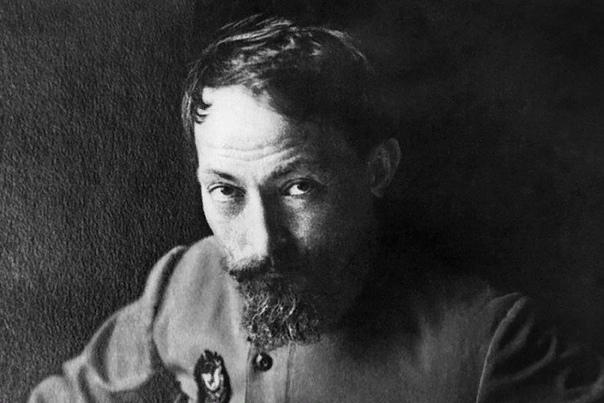 Феликс Дзержинский Феликс Дзержинский верный «рыцарь» революции, вошедший в советскую историю как выдающийся государственный и политический деятель, который боролся за освобождение трудового