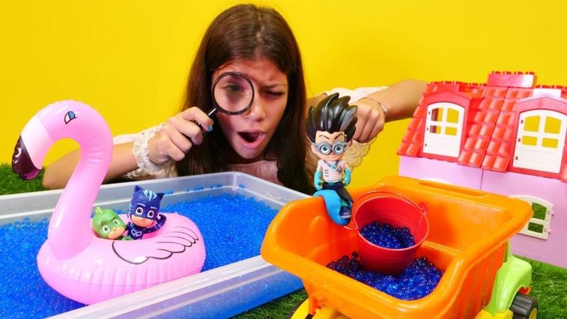 Pj Maskeliler oyuncak havuzda eğleniyorlar! Çizgi film Kahramanları!