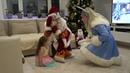 Песенки для детей. Заяц попрыгун. Танцует моя сестрёнка с Дед Морозом и Снегурочкой.