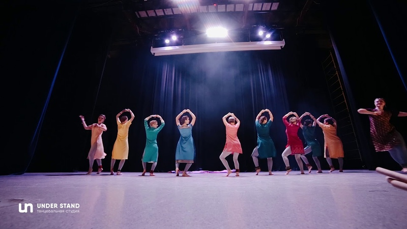 Женя Миловидова Индийский танец FRONTROW Танцевальная студия Under Stand