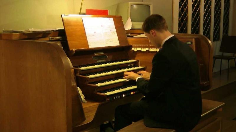 LUKA GADELIYA Olivier Messiaen Dieu parmi nous from La Nativite du Seigneur