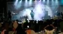 Смывайся (Цунами смыло группу музыкантов прямо во время концерта)