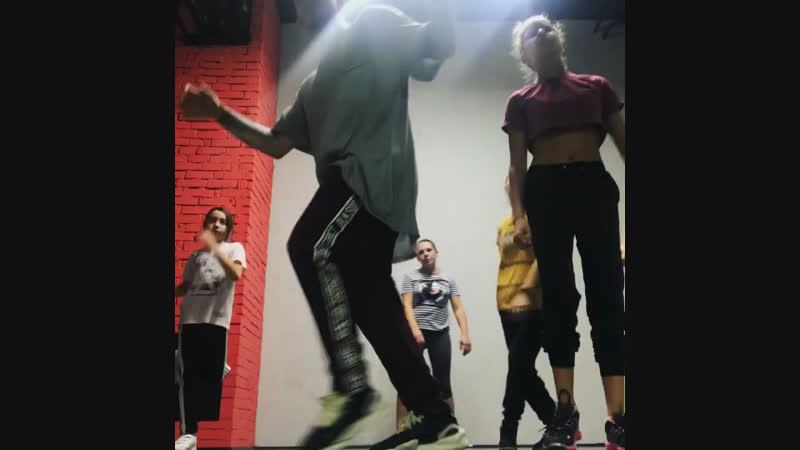 Клубные танцы, занятия в Одинцово - Школа танцев House Of dance
