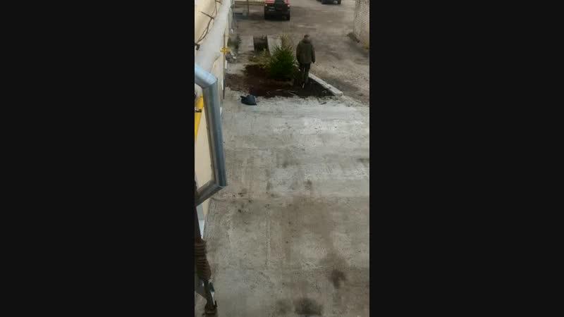 Video_2018-10-17T13.56.22.mp4